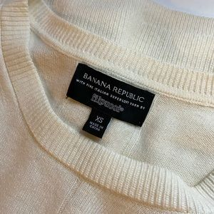 Banana Republic Filpucci Yarn Merino Wool Sweater